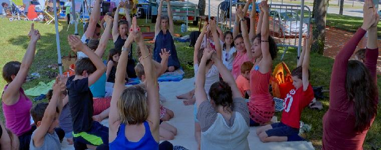 2017 06 11 Yoga famille foire bio Cocci BM (10) site bandeau